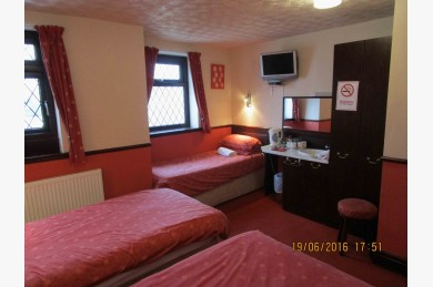 16 Bedroom Hotel Hotels Freehold For Sale - Image 16