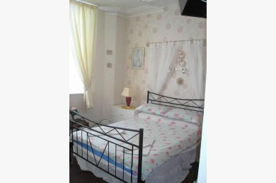 12 Bedroom Hotel For Sale - Photograph 2