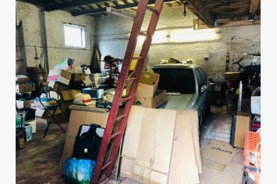 Garage For Sale - Photograph 2