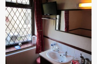 16 Bedroom Hotel Hotels Freehold For Sale - Image 4