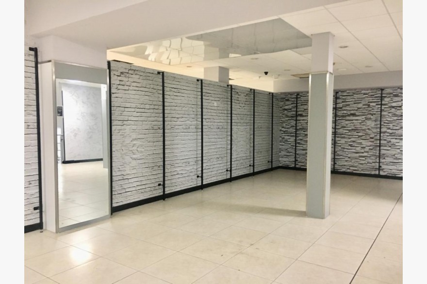 Empty Shop Retail Leasehold To Rent - Image 6