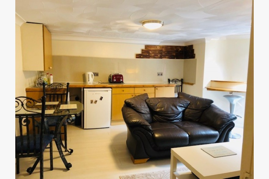 Holiday Flats For Sale - Photograph 7