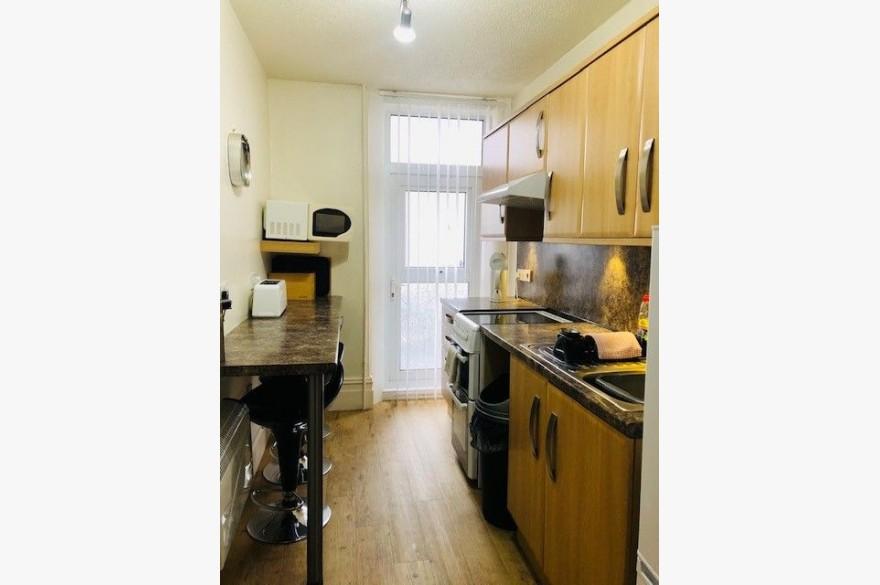 7 Bedroom Holiday Flats For Sale - Photograph 4