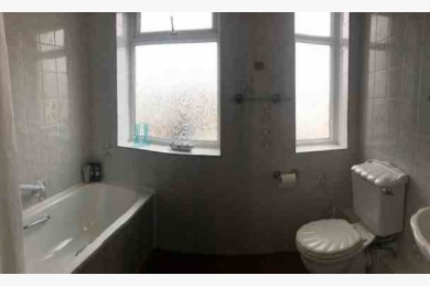 4 Bedroom Empty Unit & Flat Catering Freehold For Sale - Image 4