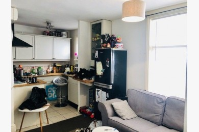 Investment Property For Sale - Photograph 6