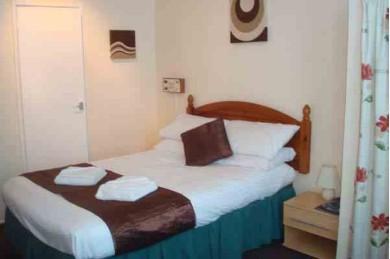 35 Bedroom Hotel For Sale - Image 6