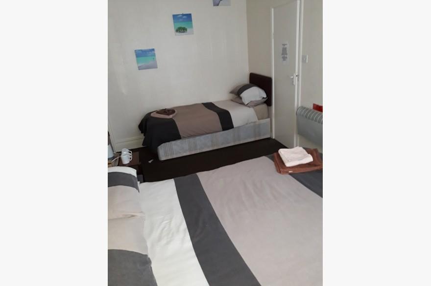 10 Bedroom Hotel Hotels Freehold For Sale - Image 14
