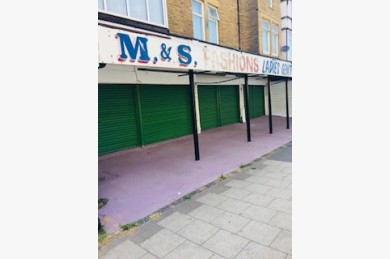 Retail For Sale - Photograph 2