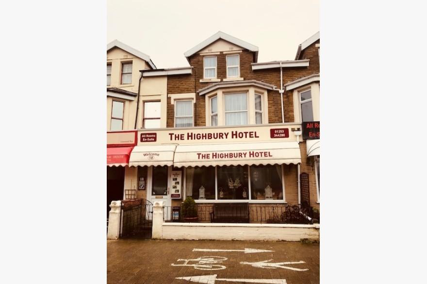 10 Bedroom Hotel Hotels Freehold For Sale - Image 1