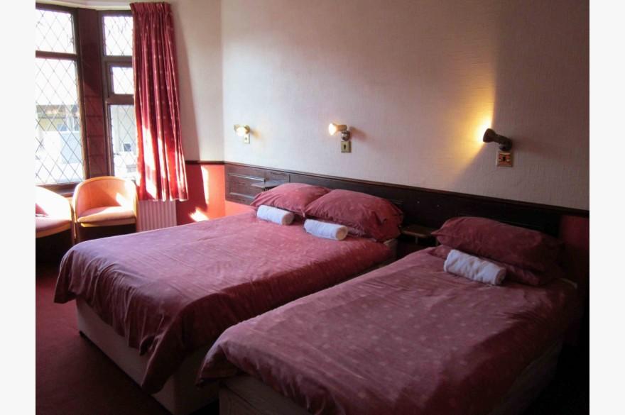 16 Bedroom Hotel Hotels Freehold For Sale - Image 13