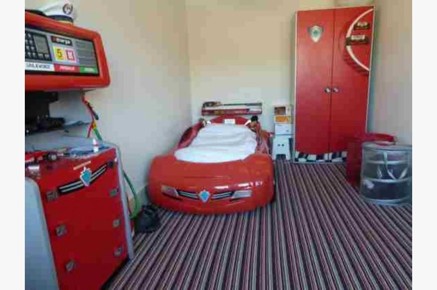 27 Bedroom Hotel For Sale - Image 17