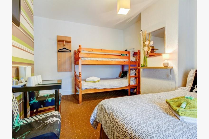 10 Bedroom Hotel Hotels Freehold For Sale - Image 12