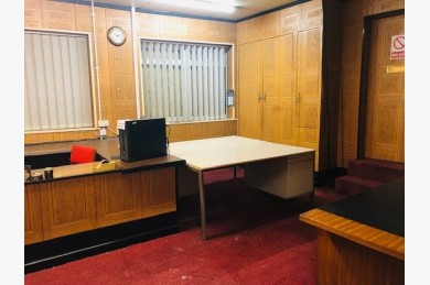 Office For Sale - Photograph 5