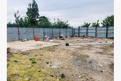 Industrial Units To Rent - Photograph 6