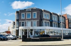 25 Bed Hotel Hotels Leasehold To Rent - Main Image