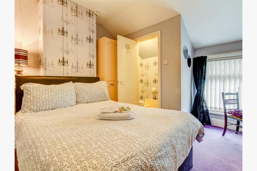 10 Bedroom Hotel Hotels Freehold For Sale - Image 9