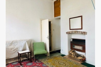 Investment Property For Sale - Photograph 23