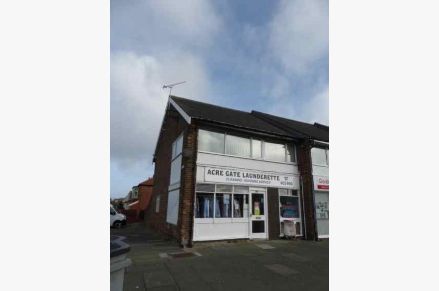 Laundrette/laundry Business Retail Freehold For Sale - Image 1