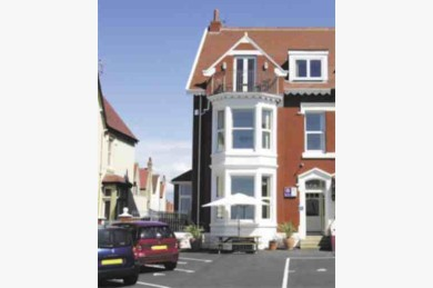 7 Bedroom Holiday Flats For Sale - Image 1